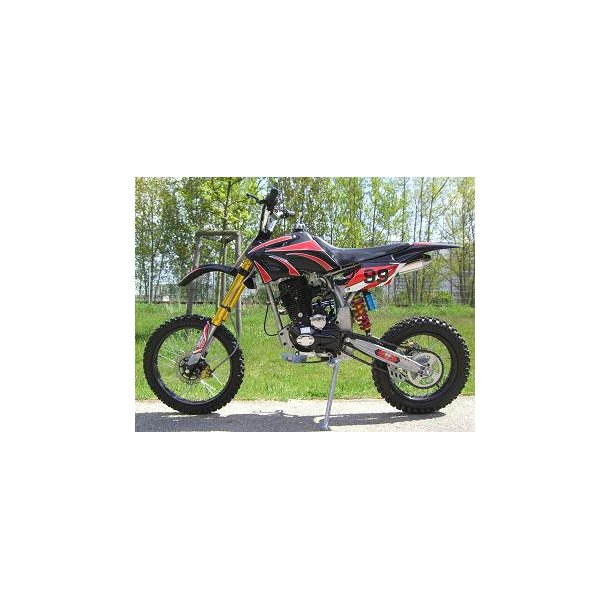 250 cc Crosser Tophastighed ca. 90 km/t. DEMO